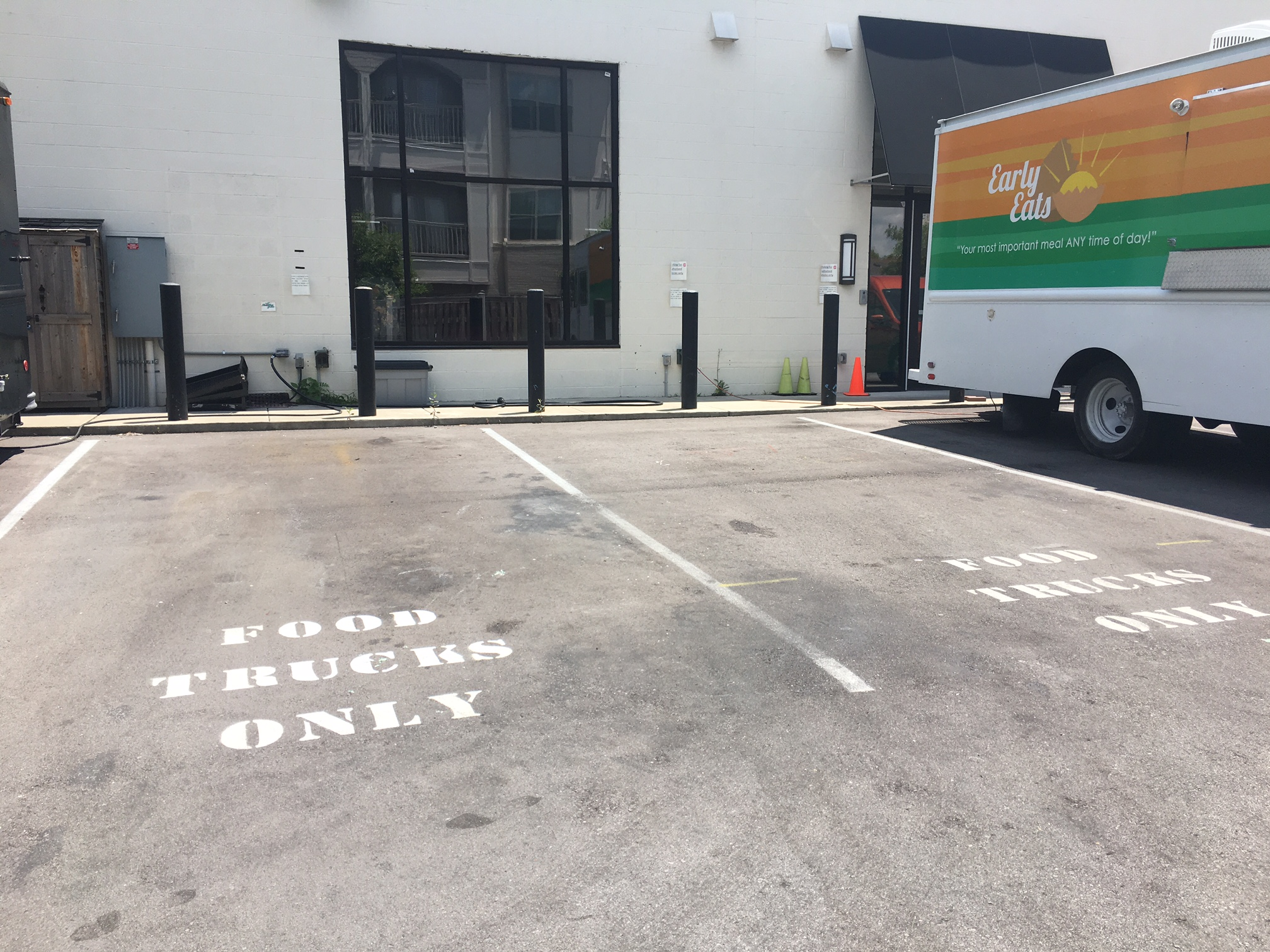 Food truck parking